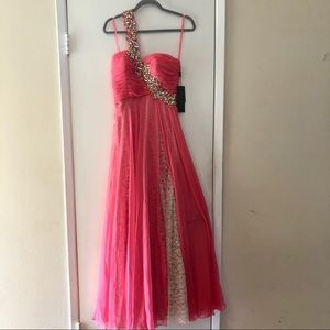 NWT COYA COLLECTION ONE SHOULDER BEADED GOWN DRESS